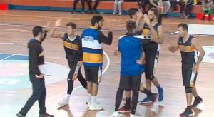 Gran triunfo del CDB Enrique Benítez ante el CB Utrera en el Andrés Estrada. / Foto: Captura WiHu Tv.
