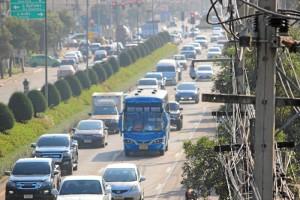El tráfico en su lugar de residencia, Chiang Mai, es a veces caótico.