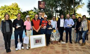 Foto de familia de todos los ganadores en Isla Canela. / Foto: J. L. Rúa.
