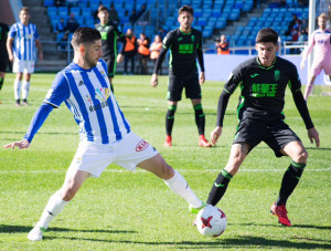 Antonio Domínguez tuvo unos minutos en los compases finales del partido. / Foto: Pablo Sayago.