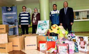 Con el torneo se lograron un total de 15 cajas de alimentos y gran cantidad de juguetes, destinados al Banco de Alimentos de Huelva y a la Ciudad de los Niños, respectivamente.