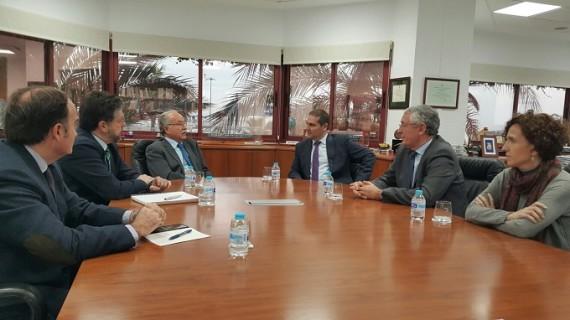 Los Puertos de Huelva y Algeciras estudian líneas de colaboración en una estrategia conjunta