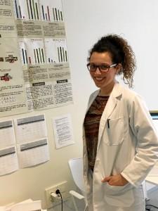 Julia Otero, en el Centro de Investigación Mente, Cerebro y Comportamiento de Granada.