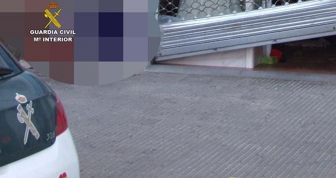 La Guardia Civil detiene a un hombre por el robo en un comercio de Isla Cristina
