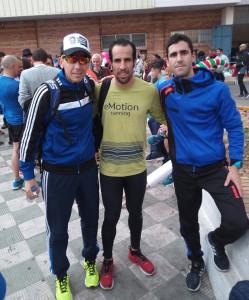 Emilio Martín, en el centro, fue segundo en la San Silvestre onubense. / Foto: Club Atlético Punta Umbría.