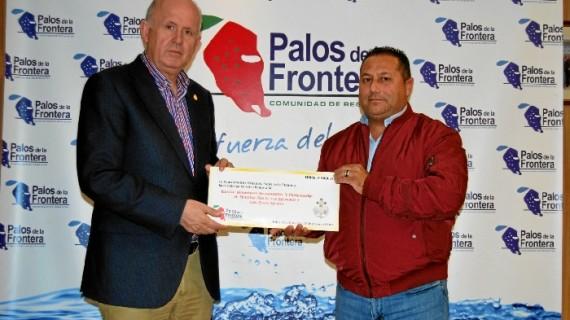 La Comunidad de Regantes colabora con la Hermandad de los Milagros de Palos