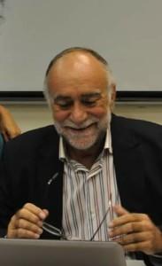 El profesor Sebastián González.