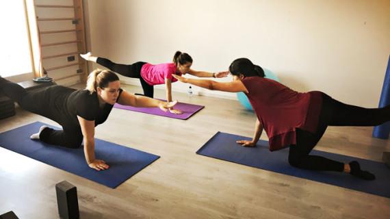 La matrona Belén Colmena de Celis enseña a las onubenses los beneficios del ejercicio físico durante el embarazo