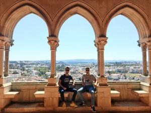 Álvaro y Fernando están viviendo una experiencia Erasmus en Portugal.