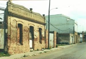 Marzo de 2001. Calle Valverde del Camino de la barriada del Matadero.