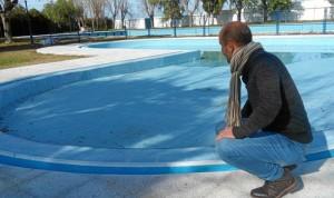 Mejora piscina municipal exterior.