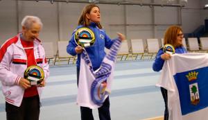 Podio de Arco Compuesto femenino,, con María Teresa Vadillo, primera, y Aurora Quintero, tercera.