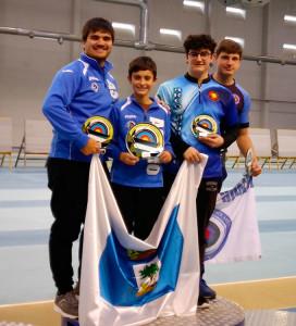Podio de Arco Recurvo Junior masculino, con Agustín Rodríguez, primero, Daniel-Riveros, segundo, y Javier Cuenca, cuarto.