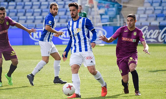 Rafa de Vicente regresa al equipo después de perderse el último partido por sanción.