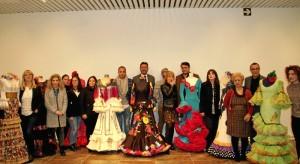 Un momento del acto de presentación en Huelva de la XXIV edición de SIMOF, el Salón Internacional de Moda Flamenca.