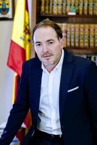 Sebastián Fernández, alcalde de Villalba del Alcor.