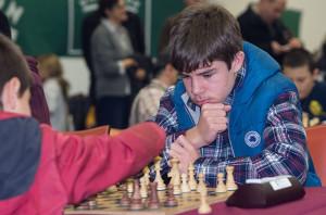 Saúl Serrano, el más joven del grupo, conquistó el oro como mejor Tablero 2.