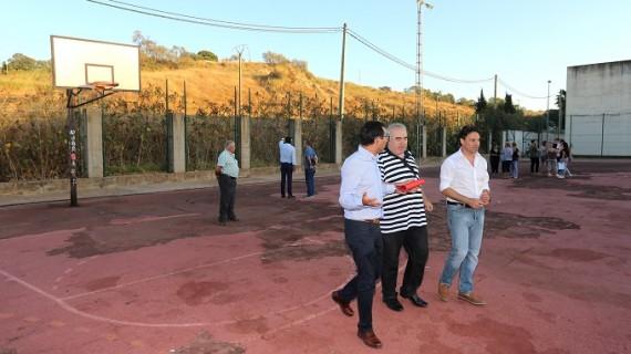 Sacan a concurso la reforma de las pistas deportivas de El Carmen y la construcción de la pasarela peatonal en la Hispanidad