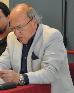 El escritor Domingo Gómez.
