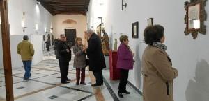 La talla se expone en el Monasterio de Santa Clara de Moguer.