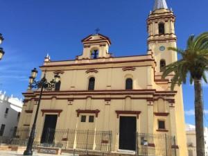Las campanas de la iglesia de Trigueros y de la ermita de San Antonio Abad suenan cada día a las 12.00 horas del mediodía. / Foto: Triadvisor.