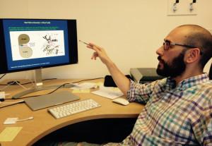 El onubense Laureano de la Vega busca solución al cáncer desde la Universidad de Dundee.
