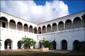 El claustro de las Madres de Santa Clara, uno de los espacios más llamativos del cenobio. / Foto: IAPH (Francisco Javier Romero).