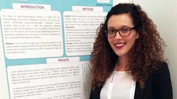 Julia Otero, una joven olontense en el Centro de Investigación Mente, Cerebro y Comportamiento de Granada