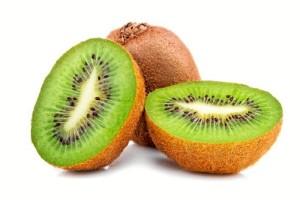 Esta variedad es más pequeña, dulce y suave que el kiwi convencional. / Foto: vix.com