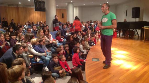 'Les buffons du Roi' ofrece el cuentacuentos 'La Estrella Polar' en Fundación Caja Rural del Sur