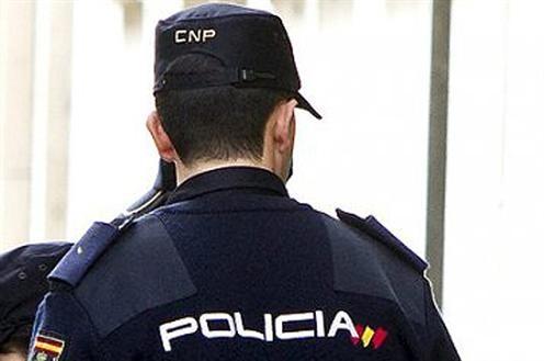 Detenida una pareja que engañaba a extranjeros irregulares simulando una falsa relación laboral