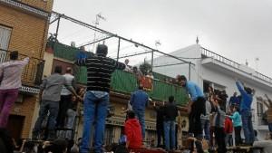 Las tiradas continúa el lunes, 29 de enero, día de fiesta local en Trigueros. / Foto: Antonio Abad López.