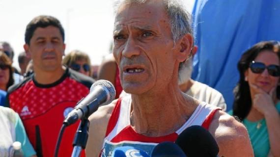 El atleta ayamontino Julio Fernández recibirá la Medalla de la Ciudad con motivo del 28-F