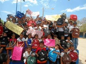 Gracias al PLOCC de Huelva, el onubense contribuyó a recaudar dinero para la compra de material escolar que fueron enviados a los alumnos del colegio Pablo Antonio Cuadra, de Nicaragua.