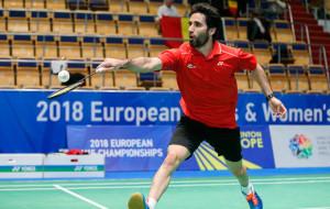 Pablo Abián, jugador del Recre IES La Orden, en su partido ante el belga Birger Abts. / Foto: Badminton Photo.