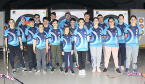 Representantes del Club Asirio que acudirán al Campeonato de España de Tiro con Arco en sala.