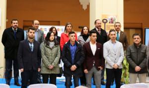 Foto de familia de la entrega de reconocimientos de la Cátedra Aguas de Huelva.