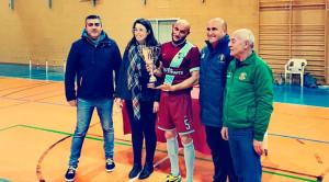 El CD Onuba preparó su partido en Ceuta jugando y ganando el II Trofeo San Antonio Abad en Trigueros. / Foto: @Cd_onuba_2014.