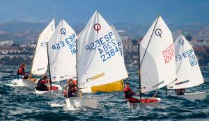 La II Copa de Andalucía de Óptimist, gran cita náutica en Punta Umbría este fin de semana.