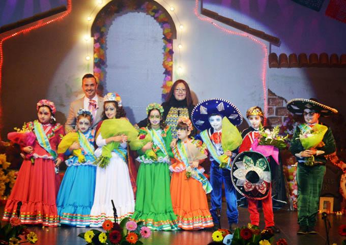 Punta Umbría corona a sus reinas y reyes del Carnaval de la Luz 2018