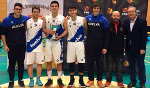 Equipo 'Tíos Shulos', con jugadores del CB Lepe Alius y el Ciudad de Huelva. / Foto: @fabhuelva.