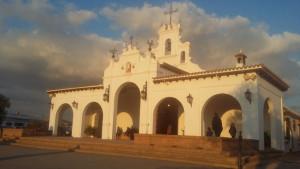 Ermita en la aldea de Clarines.