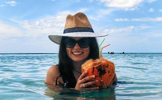 Claudia Campos, del mundo del Derecho a vivir de su gran pasión, los viajes