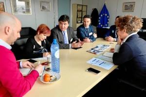 Un momento de la ronda de contactos con representantes de diferentes instituciones europeas.