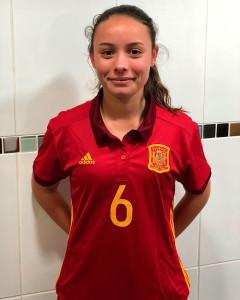 Irati Real, con la camiseta de la selección española.