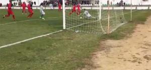 Momento del gol de Ibra para la Olímpica Valverdeña.
