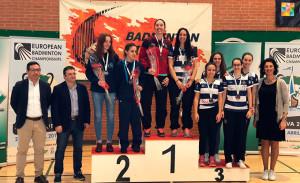 Podio del dobles femenino Absoluto, con el oro de Haideé Ojeda y el bronce de  Cinta Esquivel, Belén Rodríguez, María Díaz y Cinta Rodríguez.