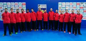 Componentes de la selección española de bádminton que tomarán parte en el Campeonato de Europa por Equipos Masculinos y Femeninos. / Foto: www.badminton.es.