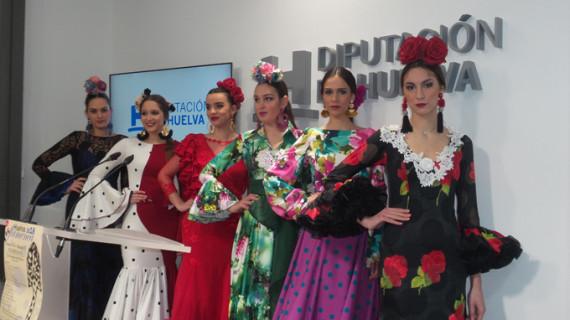 La Pasarela Huelva Flamenca exhibe las nuevas creaciones de los diseñadores onubenses