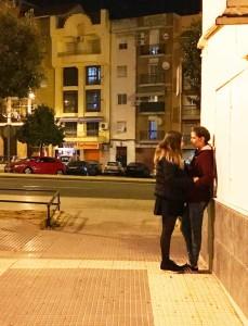 Los jóvenes han realizado el video en diferentes localizaciones de Huelva.